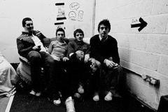 Arctic Monkeys - Exit 09